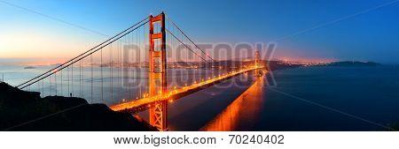 Golden Gate Bridge in San Francisco in early morning