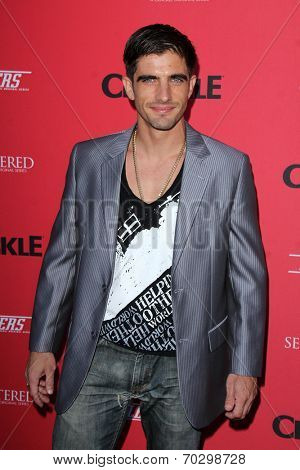 LOS ANGELES - AUG 14:  Omar Avila at the Crackle Presents the Premieres of