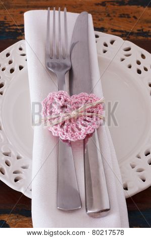 White Plate Serviette Fork Knife With Handmade Pink Crochet Heart