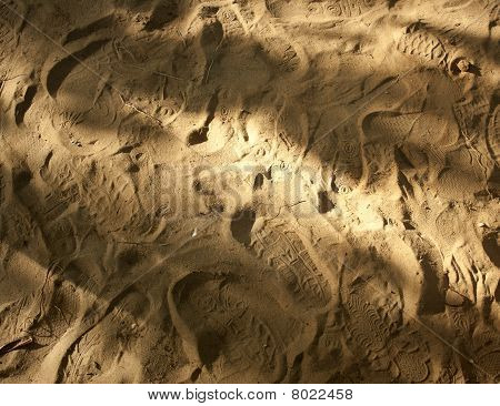 Footprints over the sand