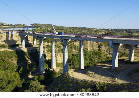 construction of a huge concrete bridge