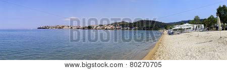 Beach in Neos Marmaras