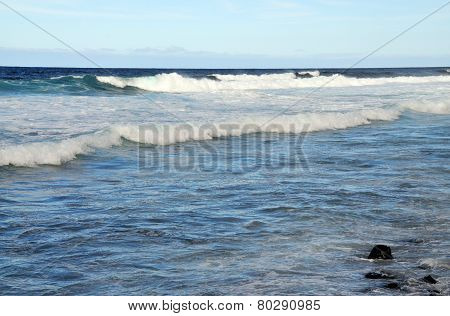 white waves in the ocean