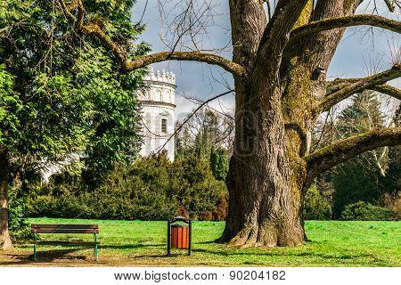 Castle In The Green Garden Park