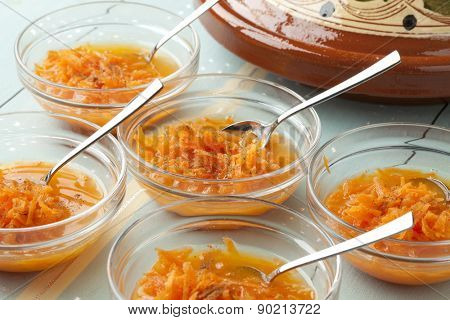 Moroccan carrop salade with orange juice and cinnamon, refreshing Moroccan summer drink