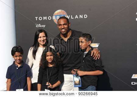 LOS ANGELES - MAY 9:  Jason George, family at the