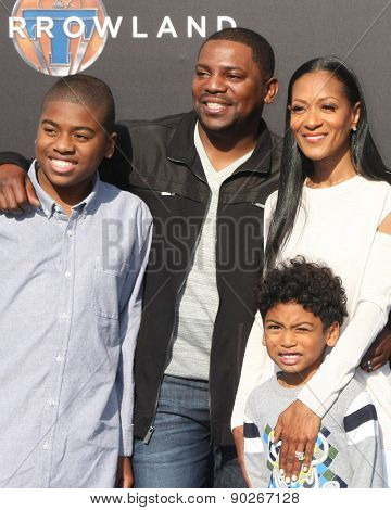 LOS ANGELES - MAY 9:  Mekhi Phifer, family at the