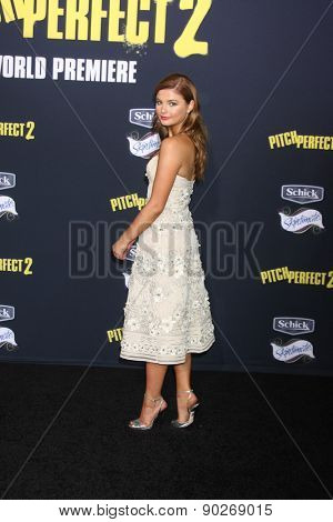 LOS ANGELES - MAY 9:  Stefanie Scott at the