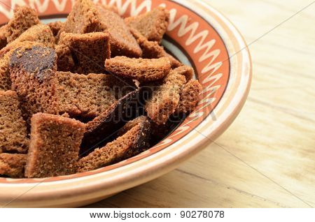 Rye bread rusks in a bow