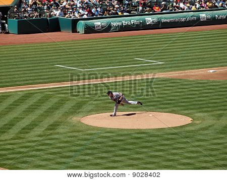 Red Sox Josh Beckett Throws Pitch