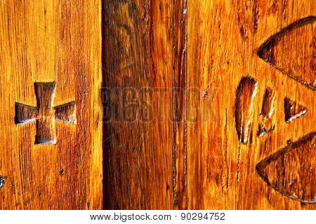 In Legnano    Curch  Closed Metal Wood Italy  Lombardy   Pax