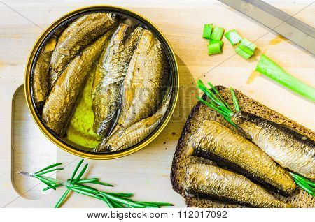 Canned Smoked Sprats Or Sardines
