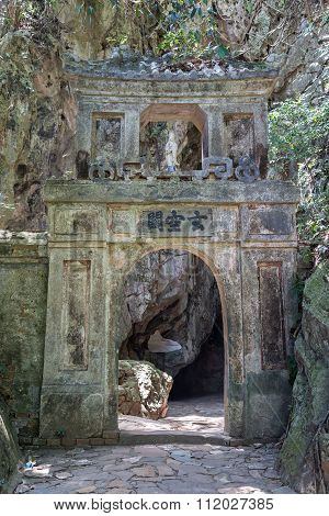 Entrance To Hoa Nghiem And Huyen Khong Caves In Marble Mountains, Vietnam - Translation: Gate To Huy