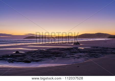 Koekohe Beach At Sunrise, Otago, New Zealand