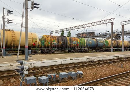 Squad of tank-cars
