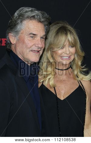 LOS ANGELES - DEC 7:  Kurt Russell, Goldie Hawn at the