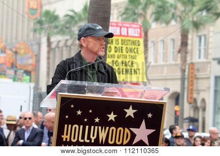 LOS ANGELES - DEC 10:  Ron Howard at the Ron Howard Star on the Hollywood Walk of Fame at the Hollywood Blvd on December 10, 2015 in Los Angeles, CA