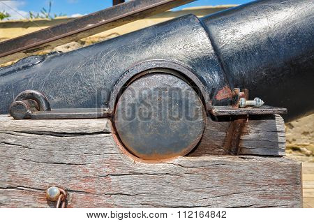 Signal Cannon Detail: The Round House in Fremantle