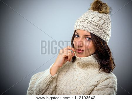 Pretty Brunette In Warm Winter Fashion