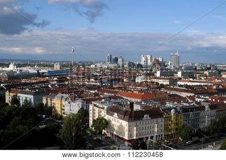 A View Of Vienna, European City Between Past And Future - Austria