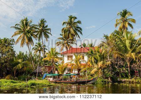 Modern House In Kerala Backwaters.