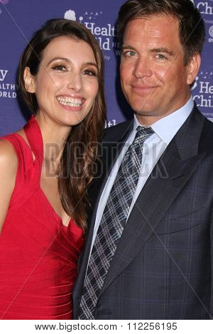 LOS ANGELES - OCT 1:  Bojana Jankovic, Michael Weatherly at the Healthy Child Healthy World Gala at the Montage Hotel on October 1, 2015 in Beverly Hills, CA