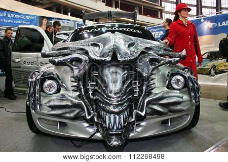 Car Tuned Style The Movie Aliens In Motor Show.