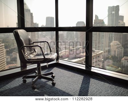 felling empty and lonely in office