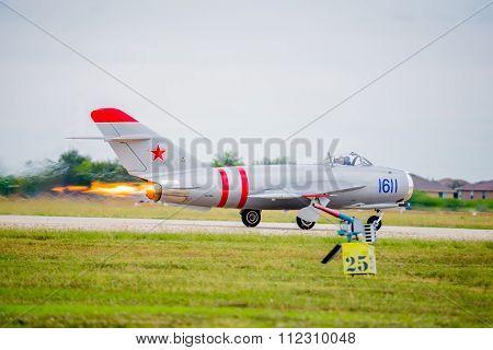 Mig-17 Full Afterburner On Takeoff