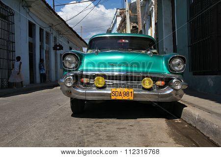 Yank Tank In Cuba