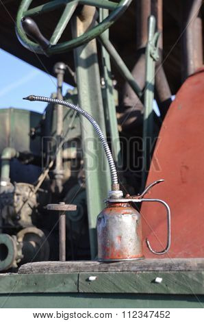 Oil can and steam engine