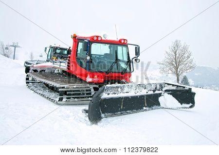 Red ratrak in winter