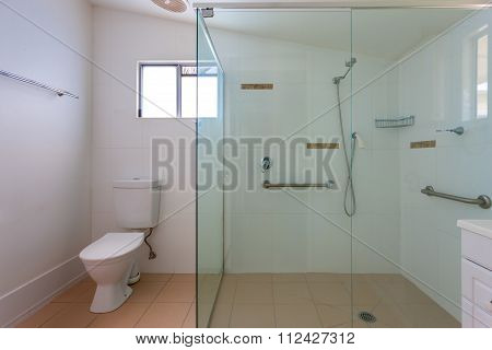 Simple Bathroom With A Big Shower