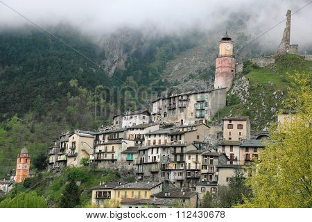 alpine village Tende