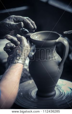 Hand Of The Potter