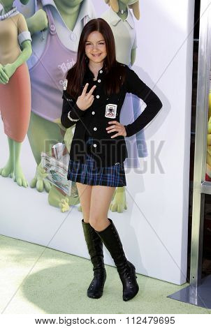 14/11/2009 - Westwood - Ariel Winter at the Los Angeles Premiere of
