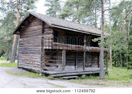 The Old Log House - The Monument Of Wooden Architecture In Finland