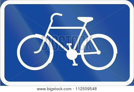 Road Sign Used In Sweden - Symbol Plate For Specified Vehicle Or Road User Category (bike)