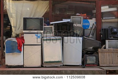 A store for repairing service with electric waste