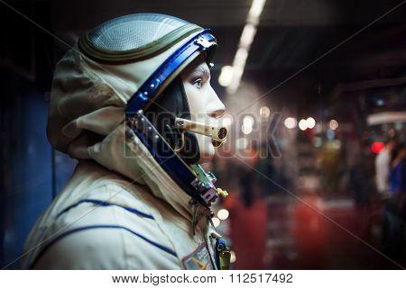 MOSCOW, RUSSIA - SEPTEMBER 6, 2015: Soviet cosmonaut dummy in the suit,  Museum of cosmonautics