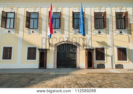 Palace of Croatian Government on St Mark's Square, facade details
