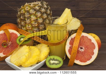 Red grapefruit and fruit for weight loss. Fresh dietary food for athletes