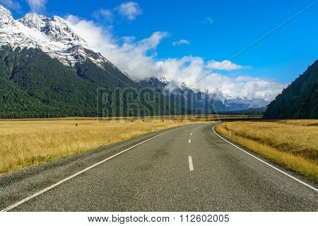 Road in the Milford Sound