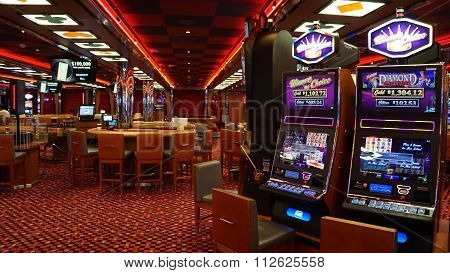 Casino on the Carnival Breeze