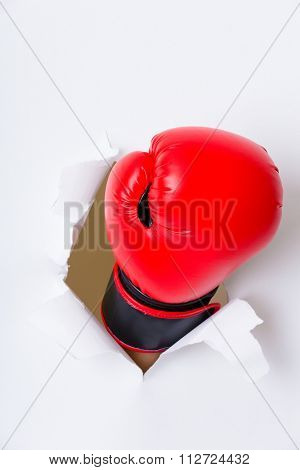 Boxer glove breaking paper