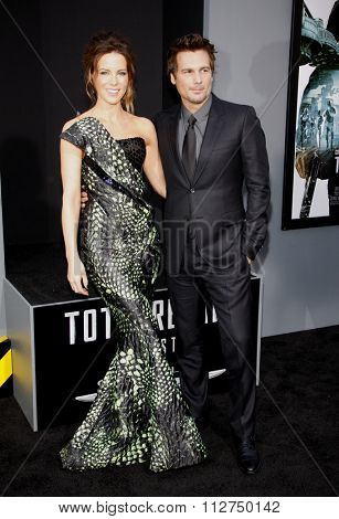 LOS ANGELES, CALIFORNIA - August 1, 2012. Kate Beckinsale and Len Wiseman at the Los Angeles premiere of