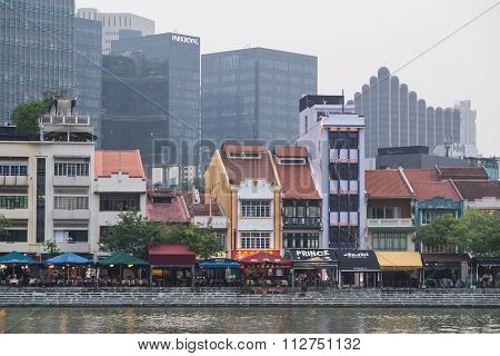 Singapore, Singapore - Circa September 2015: Old Buildings Along Waterfront Of Singapore  River