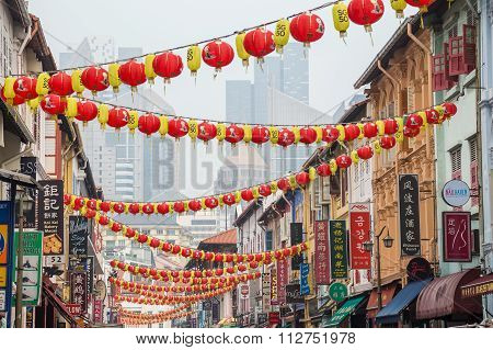 Singapore, Singapore - Circa September 2015: Oriental Lanterns In Chinatown Of  Singapore