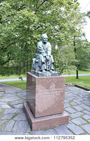 Larin Paraske Monument In Helsinki