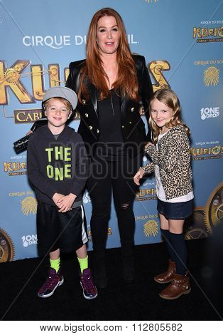 LOS ANGELES - DEC 09:  Poppy Montgomery arrives to the Cirque du Soleil's